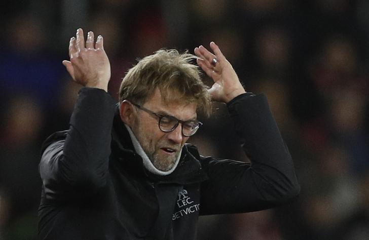 Britain Football Soccer - Southampton v Liverpool - EFL Cup Semi Final First Leg - St Mary's Stadium - 11/1/17 Liverpool manager Juergen Klopp reacts Action Images via Reuters / John Sibley Livepic