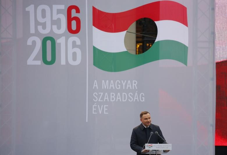 Polish President Andrzej Duda speaks during a ceremony marking the 60th anniversary of 1956 anti-Communist uprising in Budapest, Hungary, October 23, 2016.  REUTERS/Laszlo Balogh - RTX2Q2VX