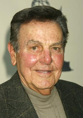 Mike Connors, star of TV private eye series 'Mannix,' dead at 91
