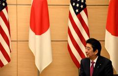 Primeiro-ministro japonês, Shinzo Abe.    21/12/2016   REUTERS/Toshfumi Kitamura/Pool