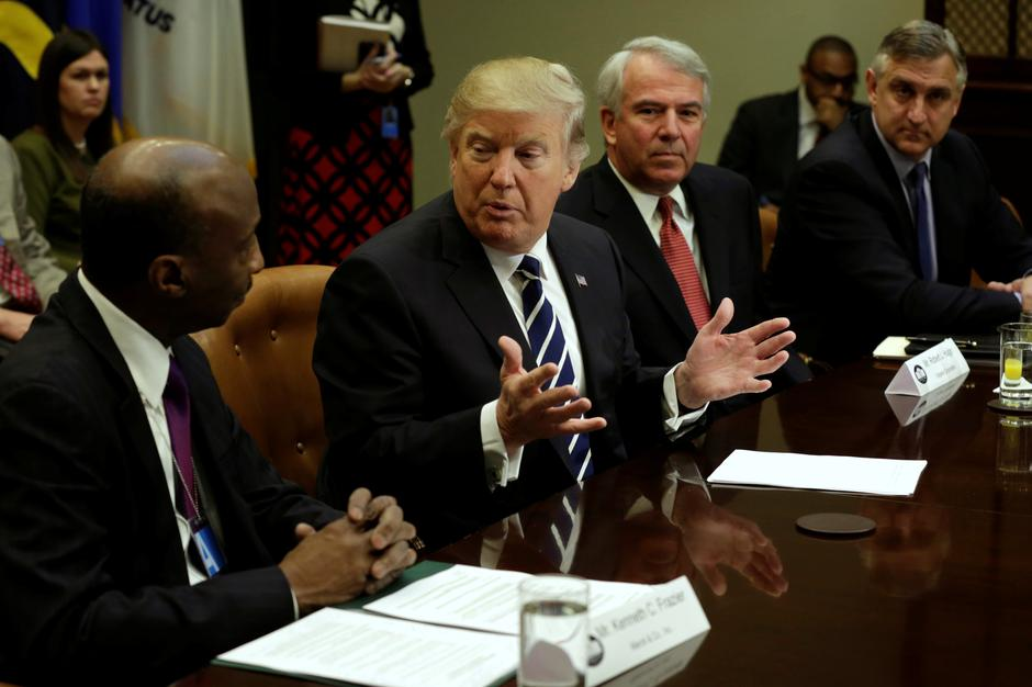 Trump pushes drugmakers for lower prices, more U S
