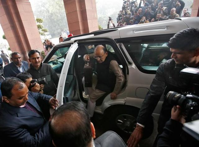 Finance Minister Arun Jaitley arrives at the parliament where he is due to present the federal budget, in New Delhi, India, February 1, 2017. REUTERS/Adnan Abidi