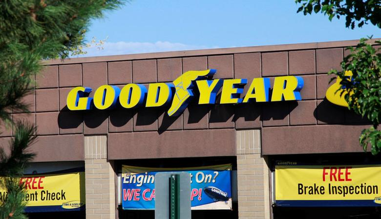 FILE PHOTO -  The Goodyear Tire and Rubber Co storefront is seen in Westminster, Colorado August 27, 2013.    REUTERS/Rick Wilking/File Photo