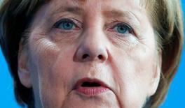 El nombramiento de Martin Schulz como candidato de los socialdemócratas (SPD) para enfrentarse a Angela Merkel ha revitalizado la carrera hacia las elecciones alemanas en septiembre y a los miembros del SPD que se atreven a pensar que es posible destituir a la mandataria. En la imagen, Merkel asiste a una conferencia de prensa en Berlín, Alemania. 8 de febrero 2017. REUTERS/Hannibal Hanschke