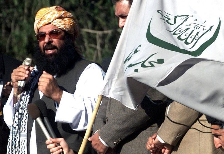 Ghafoor Haideri speaks during an anti-U.S. rally in Islamabad January 31, 2003. REUTERS/Mian Khursheed/File Photo