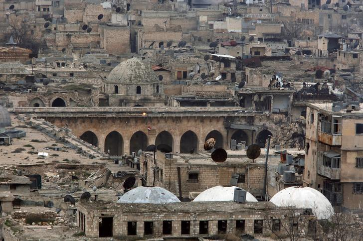 A view shows part of the Umayyad mosque as seen from Aleppo's ancient citadel, Syria January 31, 2017. Picture taken January 31, 2017. REUTERS/Omar Sanadiki