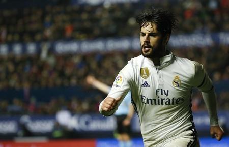 "Real Madrid""s Francisco ""Isco"" Alarcon celebrates after scoring a goal.  REUTERS/Susana Vera"