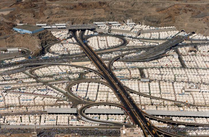 File Photot - An aerial view of the tents of Muslim pilgrims on the second day of Eid al-Adha in Mina, near the holy city of Mecca, during the annual haj pilgrimage September 13, 2016.  REUTERS/Ahmed Jadallah