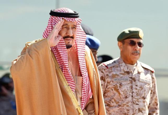 2月24日、サウジアラビアのサルマン国王が、3月12日から15日まで4日間の日程で来日する。日本政府が同日に発表した。写真はリヤドで1月撮影(2017年 ロイター)