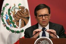 """Mexico's Economy Minister Ildefonso Guajardo delivers a speech during a """"Made in Mexico"""" event in Mexico City, Mexico, February 1, 2017. REUTERS/Edgard Garrido - RTX2Z8WU"""
