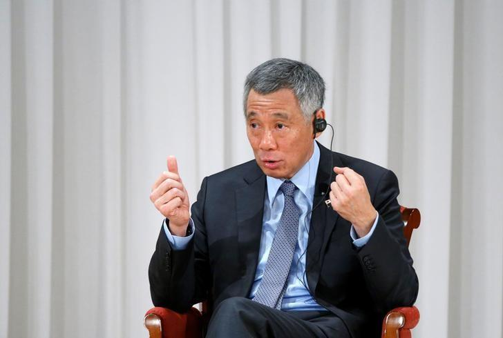 Singapore's Prime Minister Lee Hsien Loong speaks at the International Conference on The Future of Asia in Tokyo, Japan, September 29, 2016. REUTERS/Kim Kyung-Hoon/File Photo