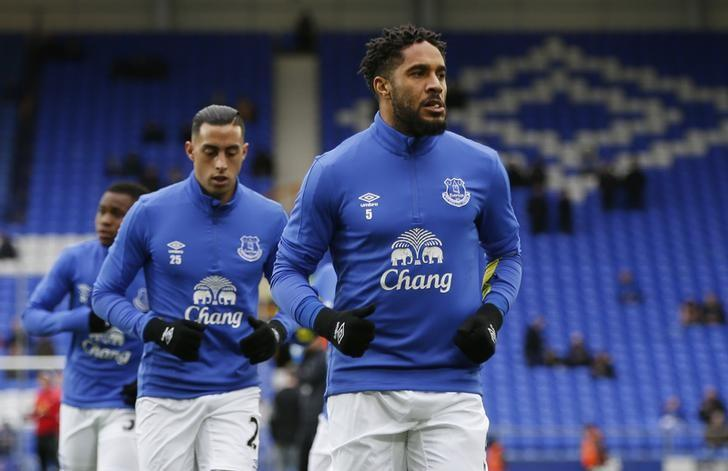 Britain Football Soccer - Everton v Sunderland - Premier League - Goodison Park - 25/2/17 Everton's Ashley Williams warms up before the match  Reuters / Andrew Yates Livepic