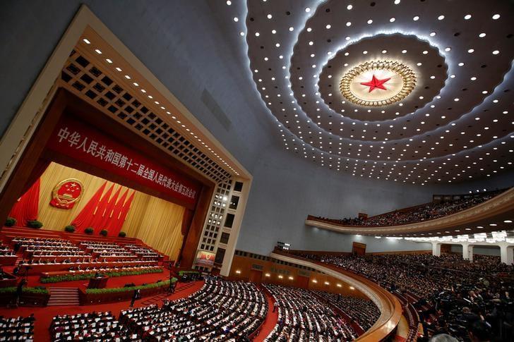 3月5日,中国北京,十二届全国人大五次会议在北京人民大会堂开幕。REUTERS/Thomas Peter
