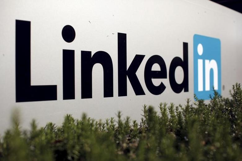 The logo for LinkedIn Corporation, a social networking networking website for people in professional occupations, is shown in Mountain View, California February 6, 2013.   REUTERS/Robert Galbraith/File Photo