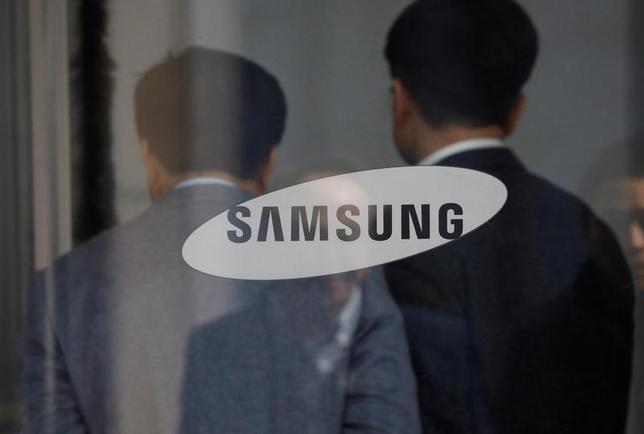 3月9日、韓国サムスングループの事実上トップである李在鎔サムスン電子副会長の裁判が始まった。写真は韓国ソウルのサムソン電子本社。2月撮影(2017年 ロイター/Kim Hong-Ji)