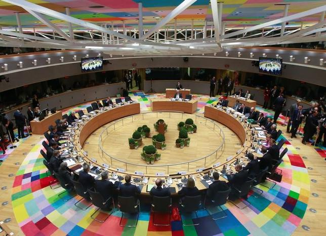 3月9日、欧州連合(EU)首脳会議で各国首脳は、経済・民主改革を遂行すればバルカン諸国はEU加盟が可能だとの認識を示した。(2017年 ロイター/Olivier Hoslet)