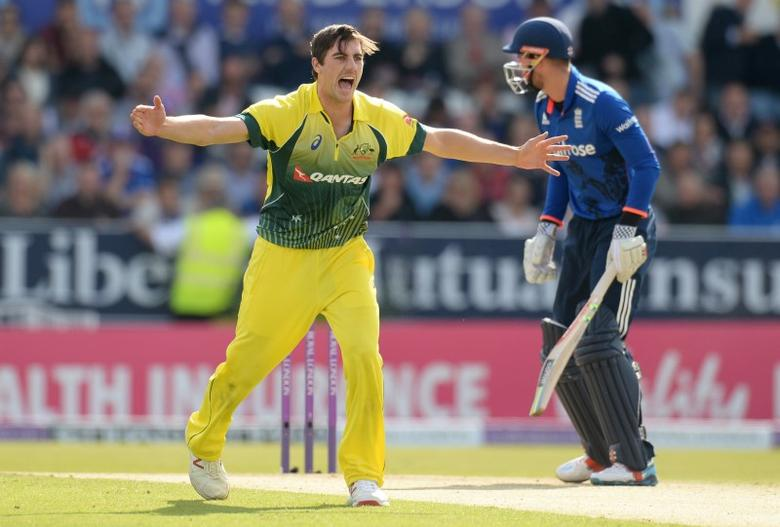 Cricket - England v Australia - Fourth Royal London One Day International - Headingley - 11/9/15 Australia's Pat Cummins appeals and dismisses England's Alex Hales Action Images via Reuters / Philip Brown Livepic