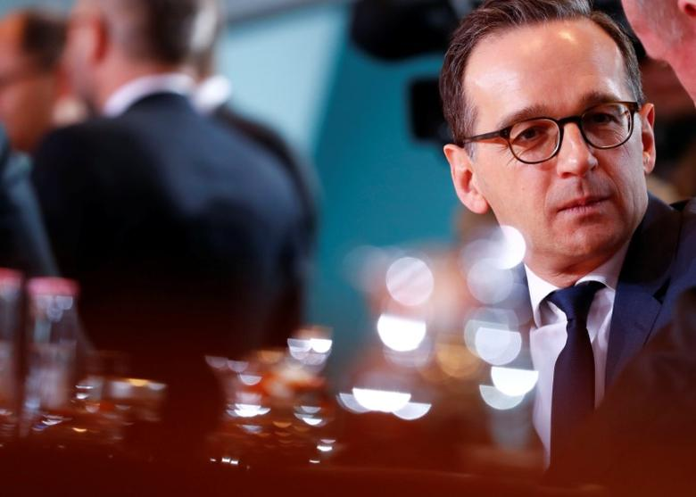 FILE PHOTO: German Justice Minister Heiko Maas attends a cabinet meeting at the Chancellery in Berlin, Germany, January 11, 2017.    REUTERS/Fabrizio Bensch