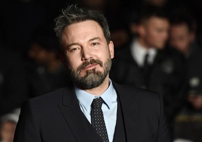 3月14日、米俳優ベン・アフレックさんはアルコール依存症の治療を終了したと明らかにし、「最高の父親になりたい」と語った。写真は1月ロンドンで撮影(2017年 ロイター/Dylan Martinez)D