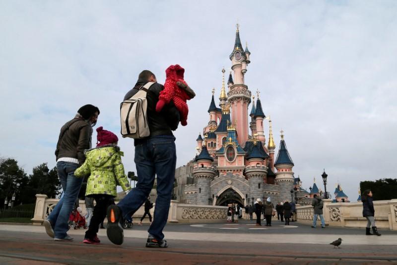 Activist Hedge Fund Critical Of Walt Disney S Move On