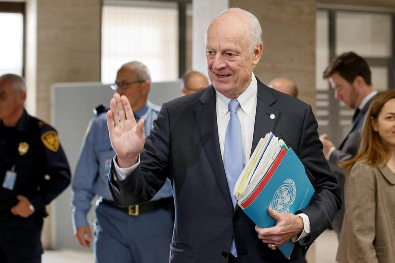 UN Special Envoy of the Secretary-General for Syria Staffan de Mistura, arrives to take part in a round of negotiation with opposition High Negotiations Committee (HNC), during the Intra Syria talks, at the European headquarters of the United Nations in Geneva, Switzerland, Friday, March 3, 2017. REUTERS/Salvatore Di Nolfi/Pool