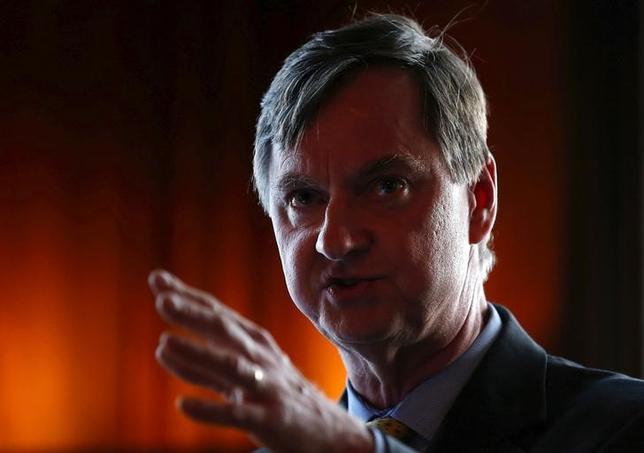 3月20日、米シカゴ地区連銀のエバンズ総裁は、FRBは年内あと2度の追加利上げを行う見込みと述べた。写真は2015年6月撮影。(2017年 ロイター/Jim Young )