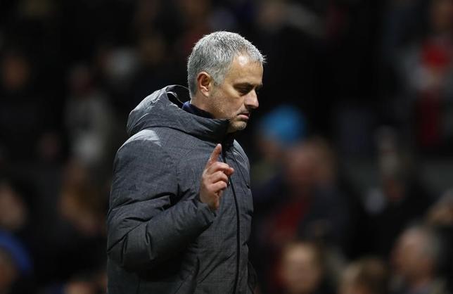 3月20日、サッカーのイングランド・プレミアリーグ、マンUのジョゼ・モウリーニョ監督は、国内リーグで4位以内に入ることよりも、欧州リーグ優勝を優先させる考えを明かした。英マンチェスターで16日撮影(2017年 ロイター)