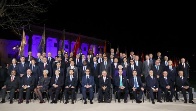 3月21日、ドイツ南西部のバーデンバーデンで開かれていた20カ国・地域(G20)財務相・中央銀行総裁会議は、焦点だった「反保護主義」を共同声明に明記できないまま閉幕した(2017年 ロイター/Kai Pfaffenbach)