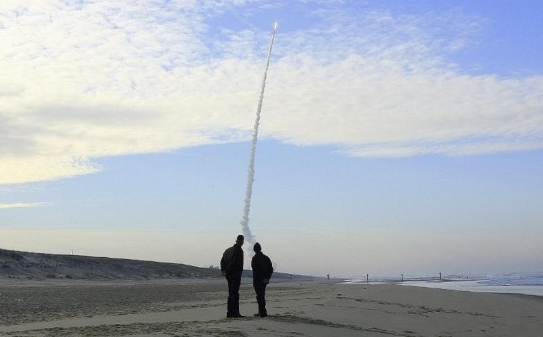 A 2006 French M51 missile test.   REUTERS/Regis Duvignau