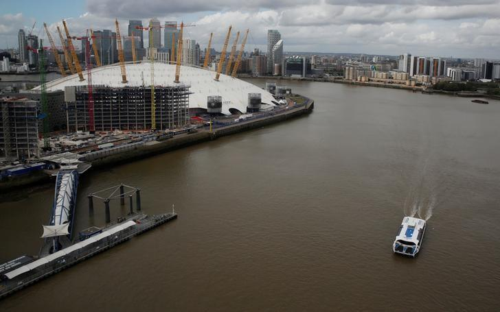 A Thames Clipper river bus is seen on the River Thames near the O2 Arena in London, September 26, 2016. REUTERS/Amr Abdallah Dalsh/Files