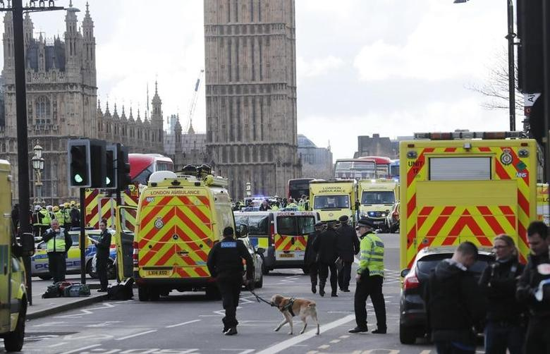 Emergency services respond after an incident on Westminster Bridge in London, Britain March 22, 2017.   REUTERS/Eddie Keogh