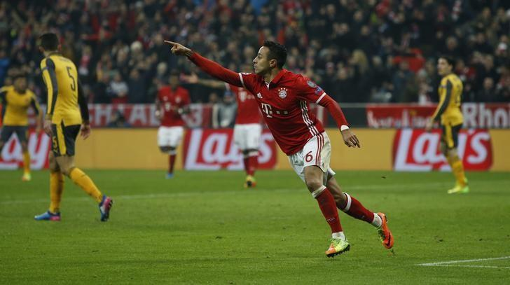 Football Soccer - Bayern Munich v Arsenal - UEFA Champions League Round of 16 First Leg - Allianz Arena, Munich, Germany - 15/2/17 Bayern Munich's Thiago Alcantara celebrates scoring their third goal  Reuters / Michaela Rehle Livepic