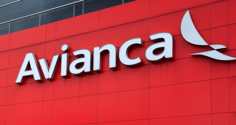 A logo of aviation company Avianca is seen on the headquarters building Bogota, Colombia, June 3, 2016. REUTERS/John Vizcaino