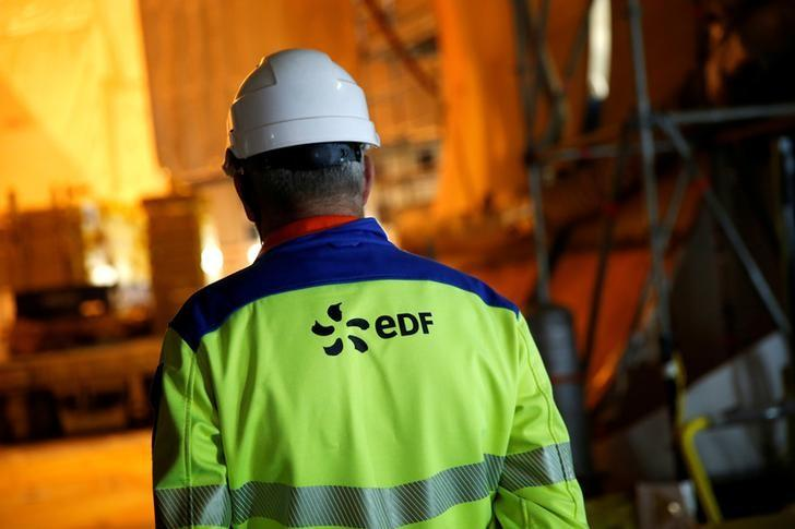 An EDF worker is seen November 16, 2016 on the construction site of the third-generation European Pressurised Water nuclear reactor (EPR) in Flamanville, France.   REUTERS/Benoit Tessier/File Photo