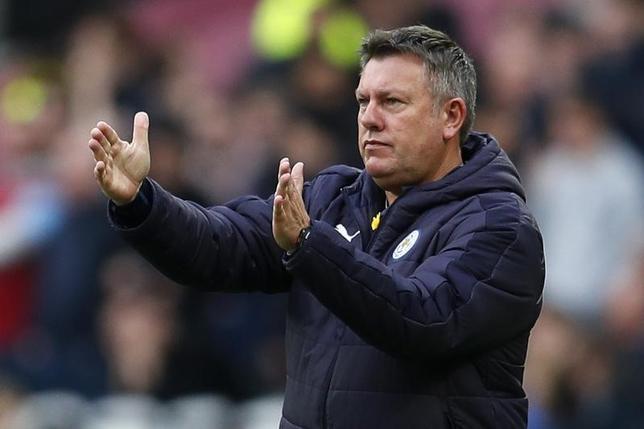 3月31日、サッカーのイングランド・プレミアリーグ、昨季王者レスターは3連勝で暫定15位に浮上したが、クレイグ・シェークスピア監督(写真)は慢心しないよう、選手たちに呼び掛けている。ロンドンで18日撮影(2017年 ロイター)