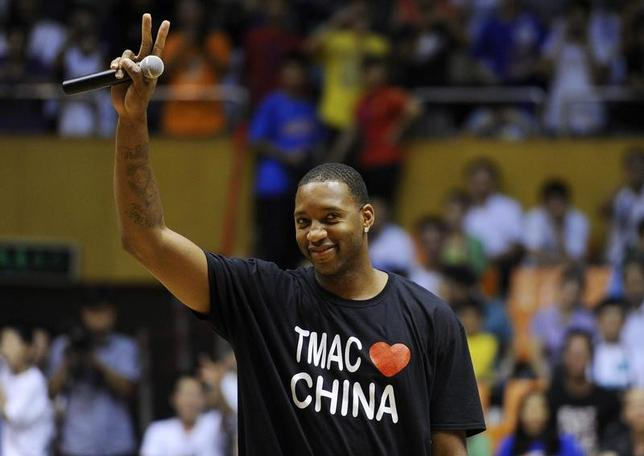 4月1日、米バスケットボール殿堂はことしの殿堂入りメンバーを発表。NBAで得点王のタイトルを2回獲得したトレイシー・マクグレディ氏(写真)らが選出された。中国安徽省合肥市で2011年8月撮影(2017年 ロイター)
