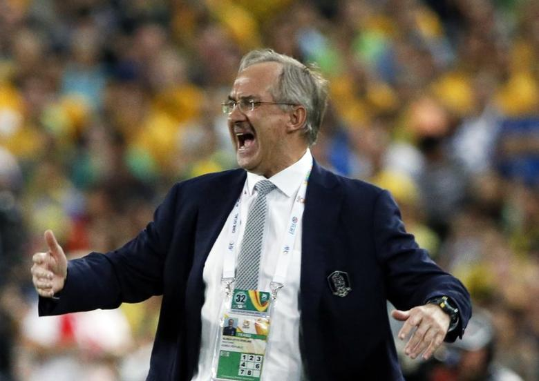 South Korea's coach Uli Stielike reacts during their Asian Cup final soccer match against Australia at the Stadium Australia in Sydney January 31, 2015.  REUTERS/Jason Reed