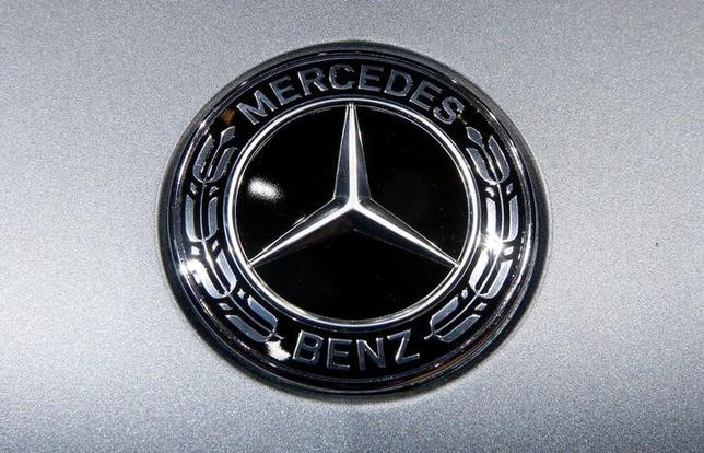 The logo of Mercedes-Benz is seen during the 87th International Motor Show at Palexpo in Geneva, Switzerland March 8, 2017. REUTERS/Arnd Wiegmann