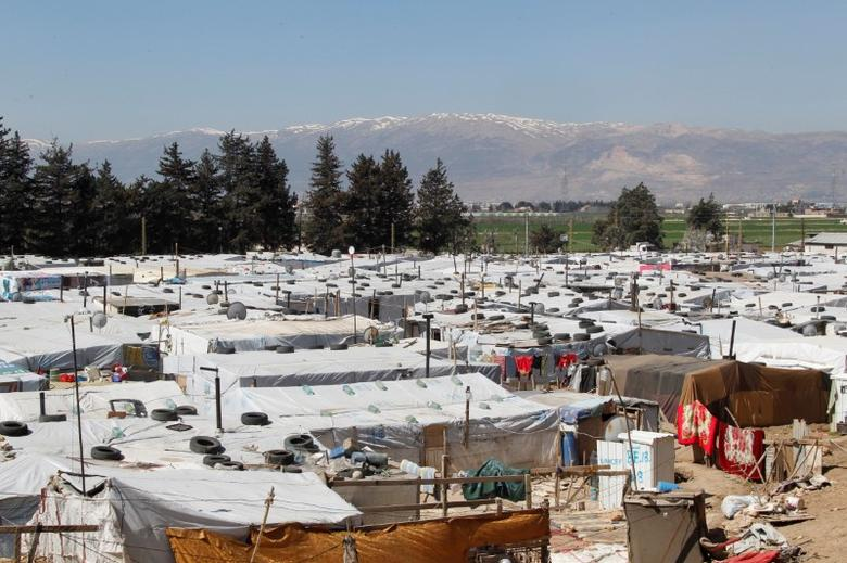 A general view shows tents for Syrian refugees at a makeshift settlement in Bar Elias town, in the Bekaa valley, Lebanon March 28, 2017. Picture taken March 28, 2017. REUTERS/Aziz Taher