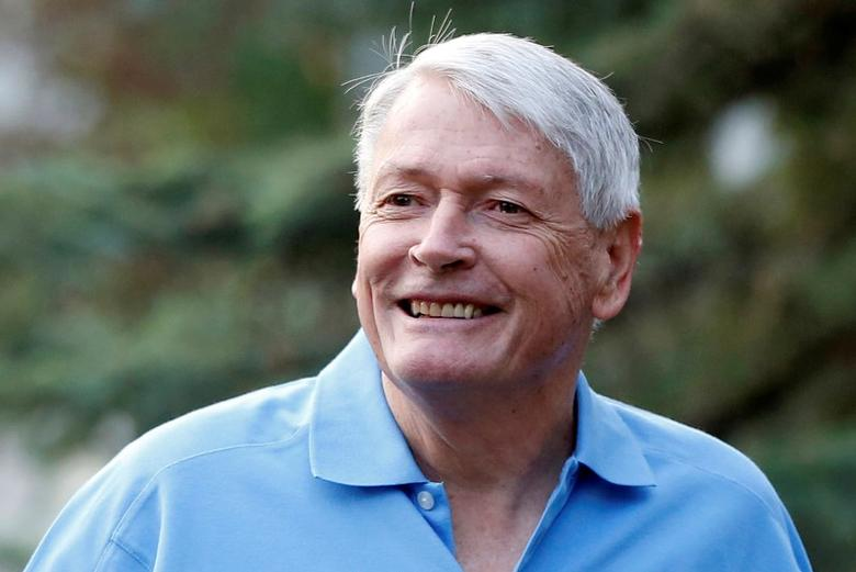 FILE PHOTO: Chairman of Liberty Media John Malone attends the Allen & Co Media Conference in Sun Valley, Idaho, U.S., July 12, 2012.   REUTERS/Jim Urquhart/File Photo