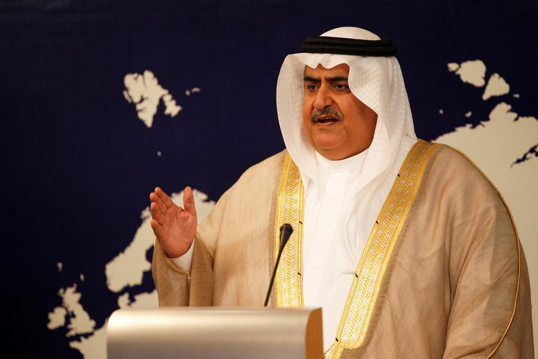 FILE PHOTO: Bahrain Foreign Minister Sheikh Khalid bin Ahmed Al Khalifa speaks during a news conference in Manama, Bahrain, August 29, 2016. REUTERS/Hamad I Mohammed/File Photo