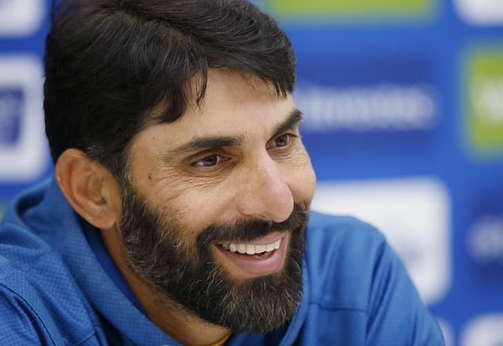 Britain Cricket - Pakistan Press Conference - Kia Oval - 10/8/16Pakistan's Misbah-ul-Haq talks to the media during the press conferenceAction Images via Reuters / Paul ChildsLivepic