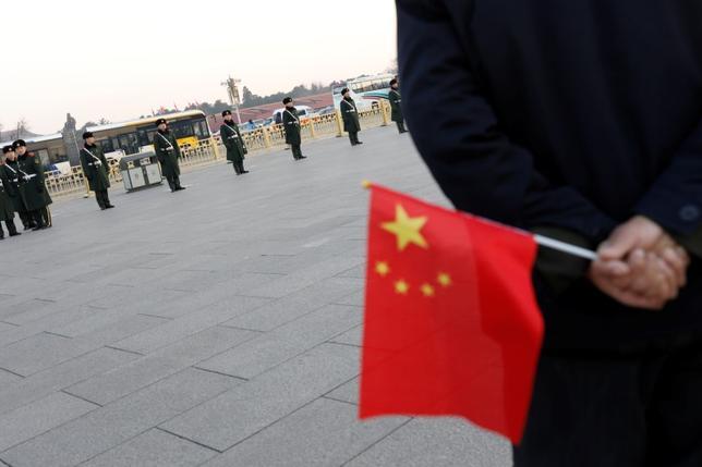 4月7日、中国外務省は、米国のシリア攻撃を巡り、シリア情勢のさらなる悪化を防ぐことが喫緊の課題との認識を示した。写真は北京で3月撮影(2017年 ロイター/Tyrone Siu)
