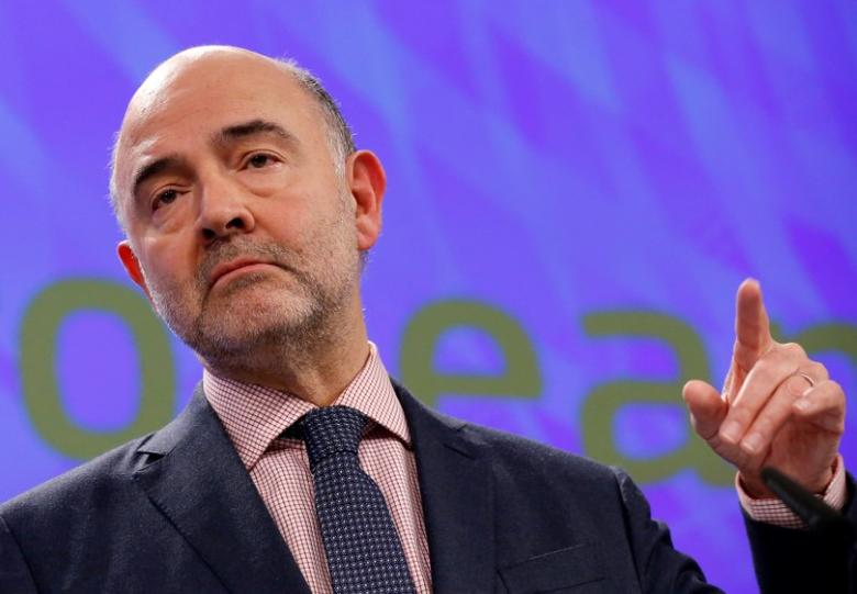 Pierre Moscovici addresses a news conference   in Brussels, Belgium February 22, 2017. REUTERS/Francois Lenoir