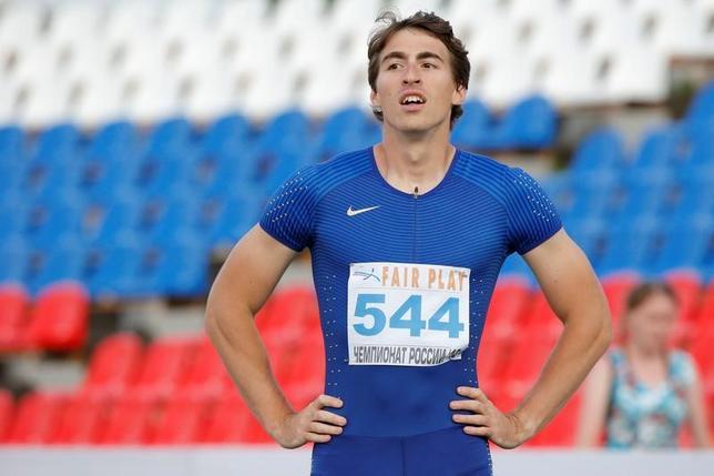 4月11日、国際陸連(IAAF)は国家ぐるみのドーピング問題で資格停止処分を受けているロシア陸連所属の選手のなかで、7選手は潔白の証明などがなされたとして、個人資格による国際大会出場を認めることを発表した。写真は男子110メートル障害のセルゲイ・シュベンコフ。2016年6月撮影(2017年 ロイター/Sergei Karpukhin)