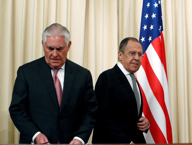 Russian Foreign Minister Sergei Lavrov and U.S. Secretary of State Rex Tillerson arrive for a news conference following their talks in Moscow, Russia, April 12, 2017. REUTERS/Sergei Karpukhin