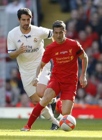 FILE PHOTO - Britain Football Soccer - Liverpool Legends v Real Madrid Legends - Anfield - 25/3/17 Liverpool's Luis Garcia in action with Real Madrid's Ruben De la Red Action Images via Reuters / Carl Recine Livepic