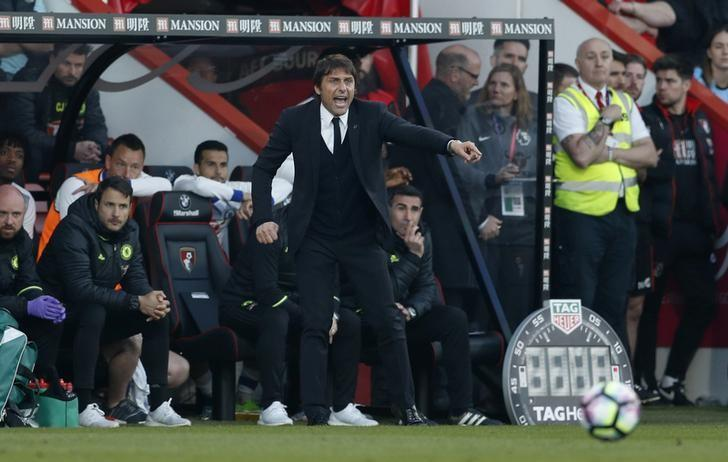 Britain Football Soccer - AFC Bournemouth v Chelsea - Premier League - Vitality Stadium - 8/4/17 Chelsea manager Antonio Conte Action Images via Reuters / John Sibley Livepic
