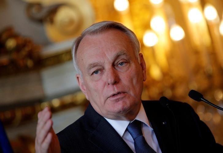 French Foreign Minister Jean-Marc Ayrault delivers his speech during a press conference in Paris, France, March 29, 2017.  REUTERS/Christophe Ena/Pool/Files