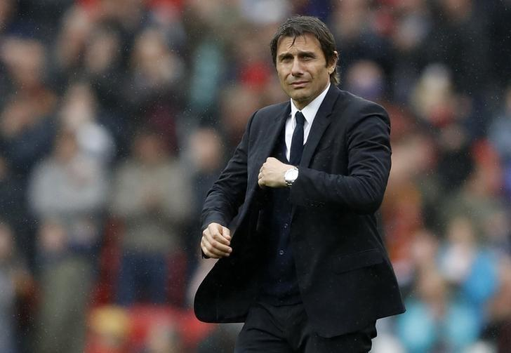 Britain Soccer Football - Manchester United v Chelsea - Premier League - Old Trafford - 16/4/17 Chelsea manager Antonio Conte  Action Images via Reuters / Carl Recine Livepic